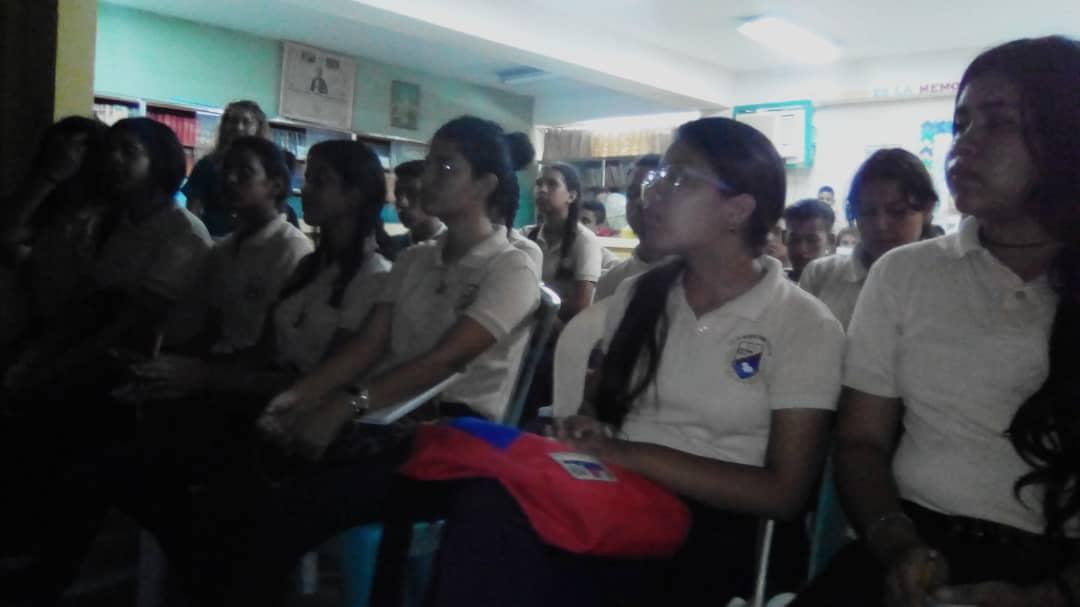 Senades benefició con cine foro a 286 estudiantes en Monagas (5)