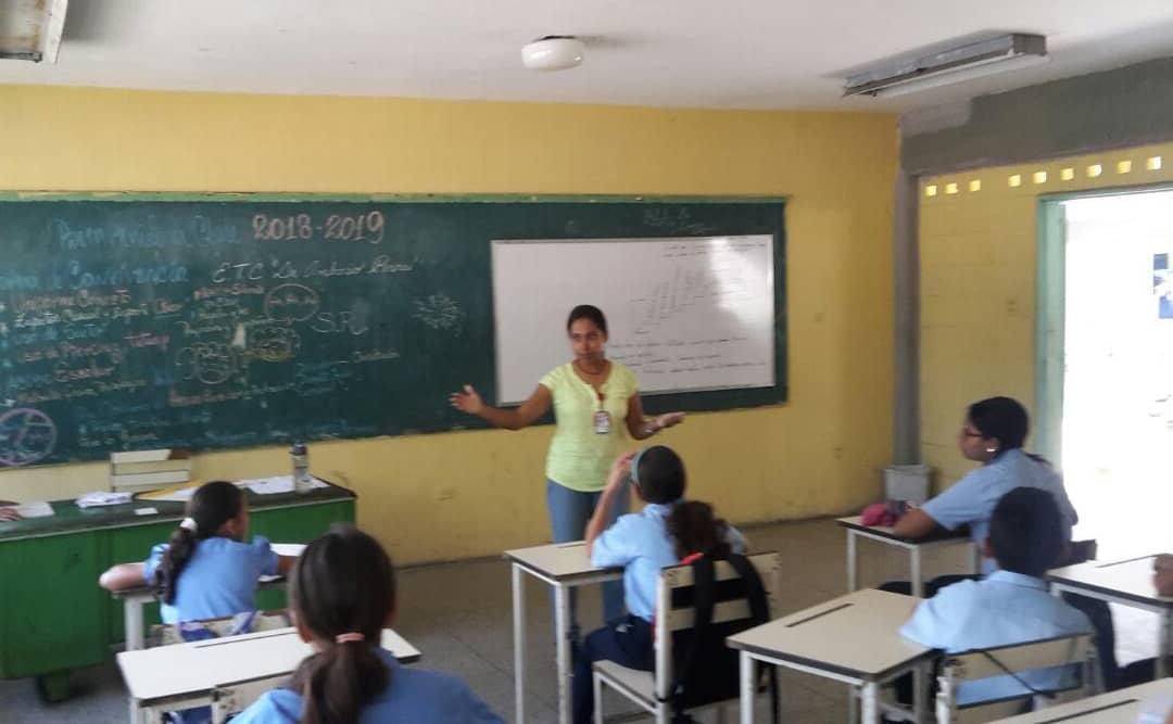 "Senades llevó el taller ""Un Mundo Sin Armas"" a 155 estudiantes en Táchira (4)"