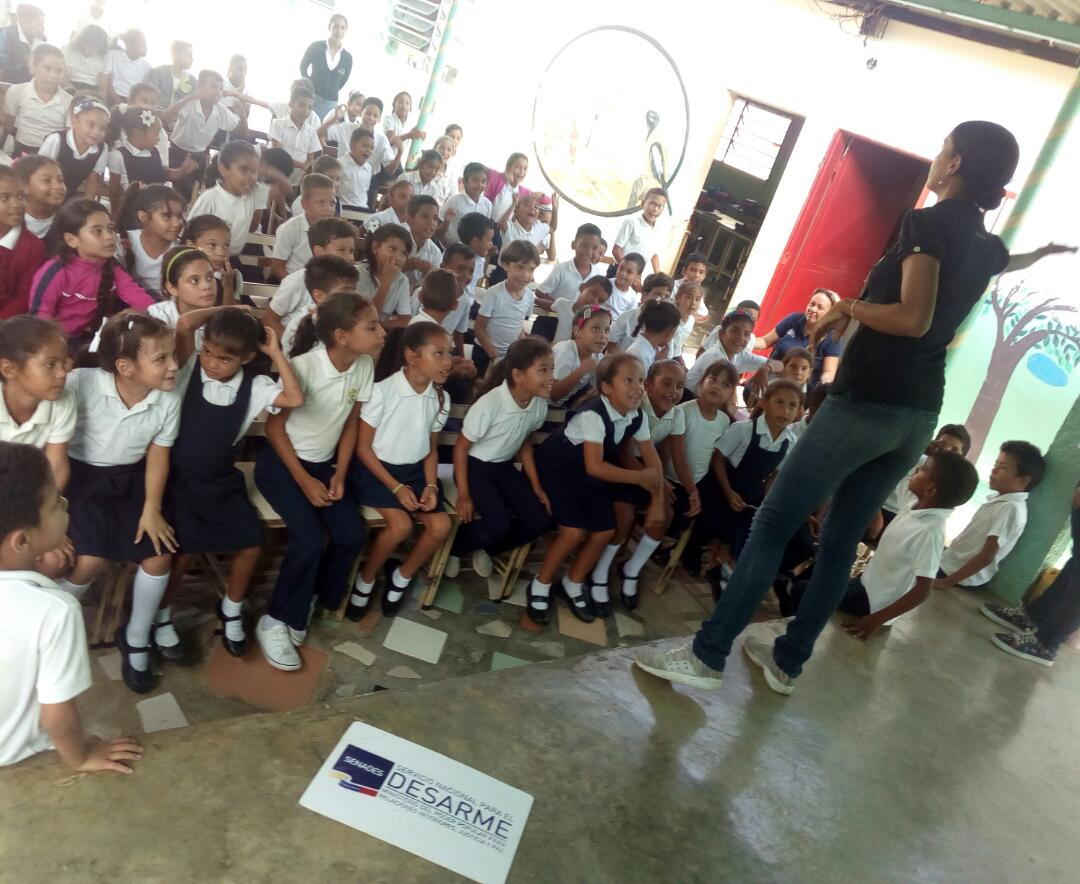 Senades promueve valores a más de 130 estudiantes de la E.B Vía Santa Ana en Falcón (4)
