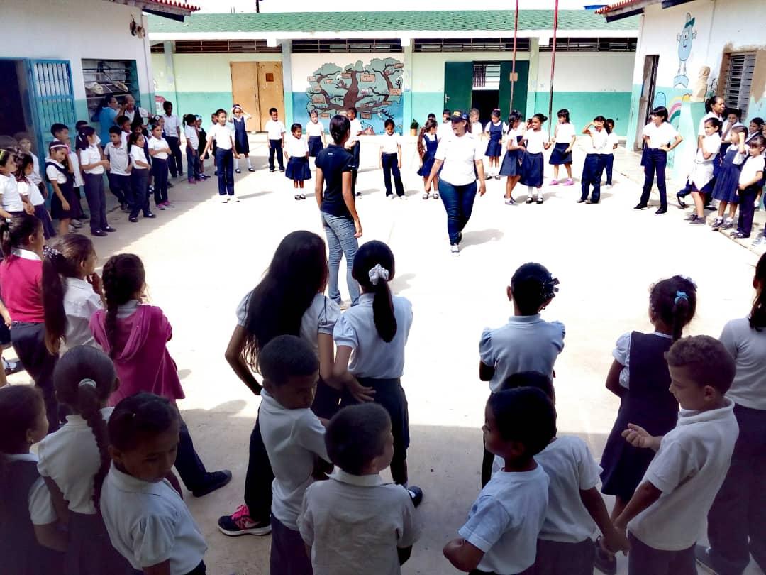 Senades promueve valores a más de 130 estudiantes de la E.B Vía Santa Ana en Falcón (6)