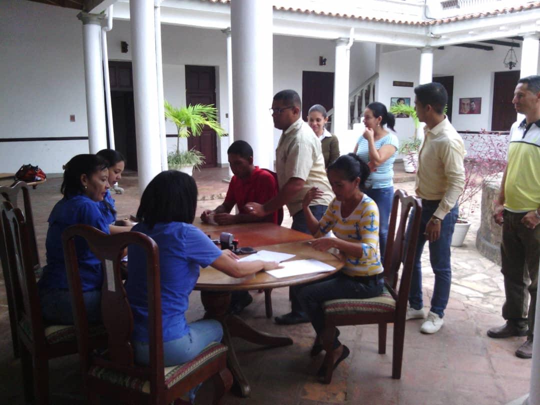 Trabajadores del Consejo Legislativo fueron beneficiados por el Saren en Yaracuy (2)