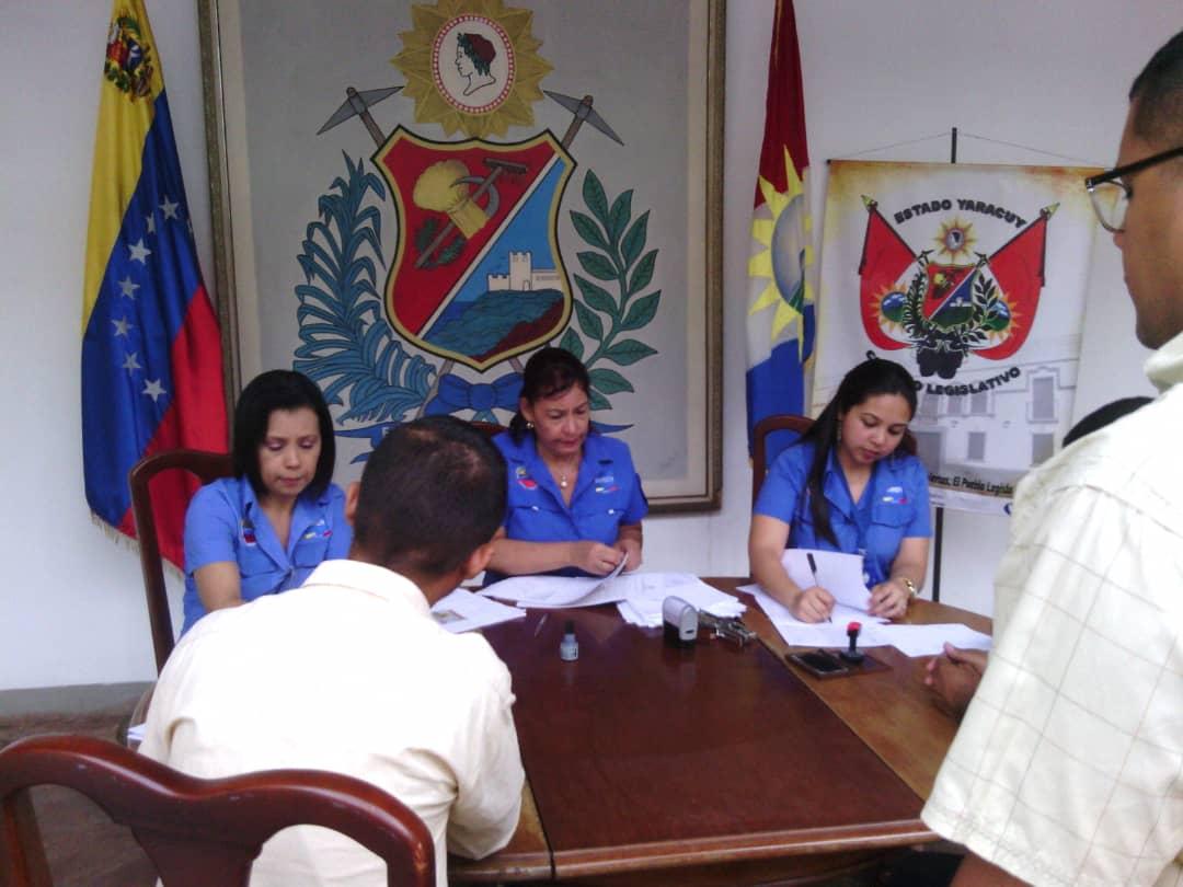 Trabajadores del Consejo Legislativo fueron beneficiados por el Saren en Yaracuy (3)