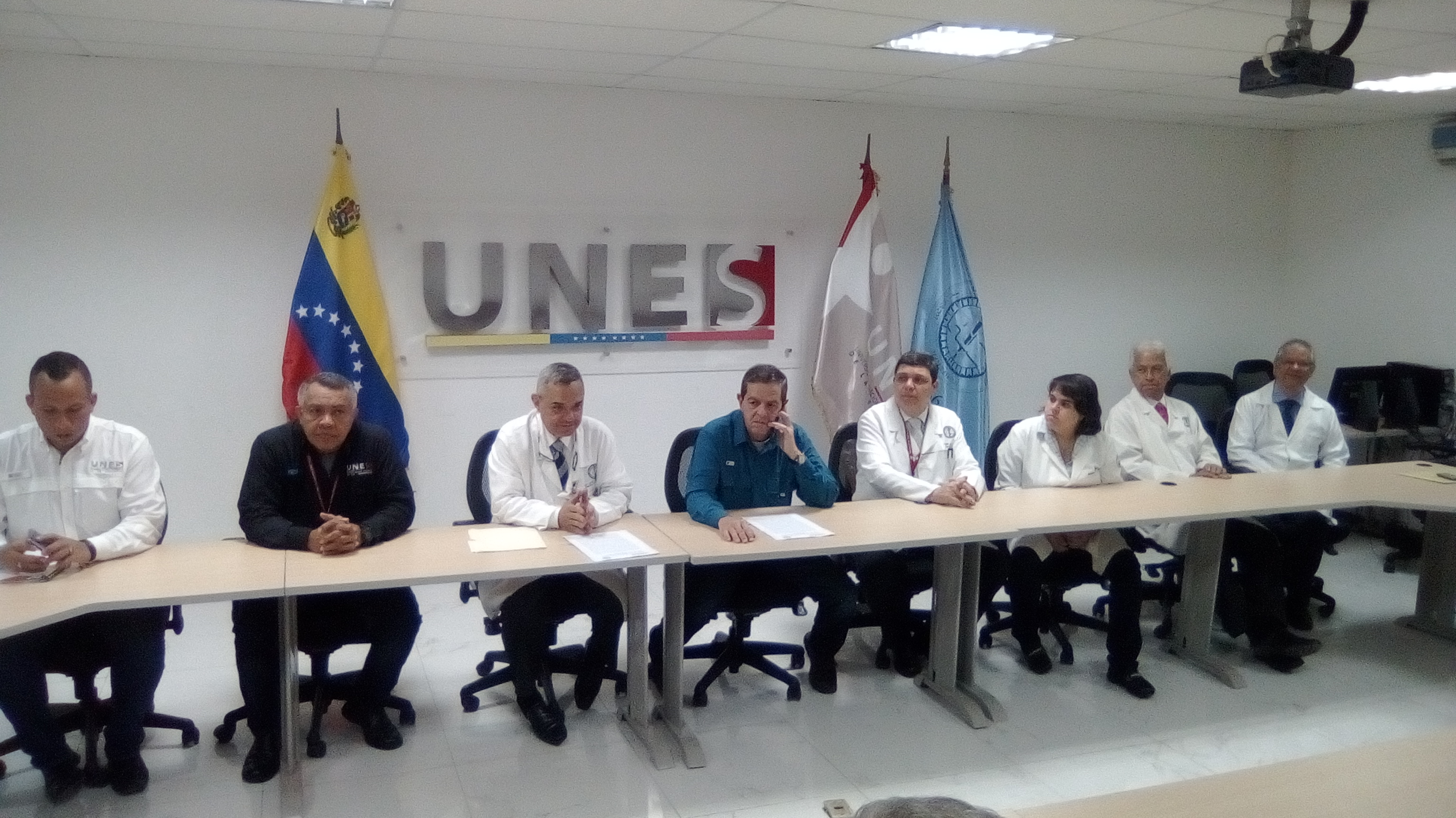 Unes y HUC suscriben convenio de cooperación interinstitucional (1)