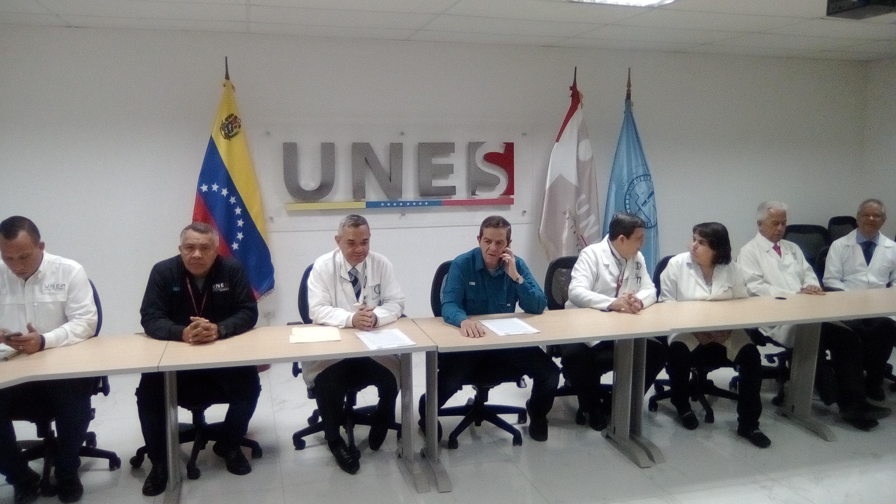 Unes y HUC suscriben convenio de cooperación interinstitucional (2)