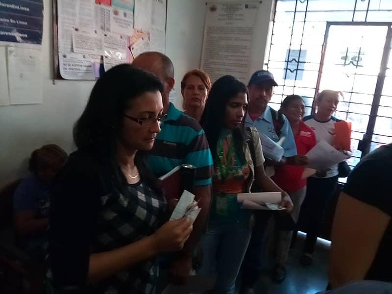 Universitarios en Cojedes protocolizaron sus títulos con el Saren (1)