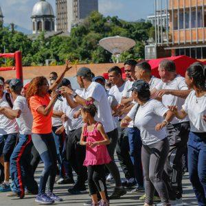 Venezuela entre los primeros países con mayor destrucción de armas de fuego (8)