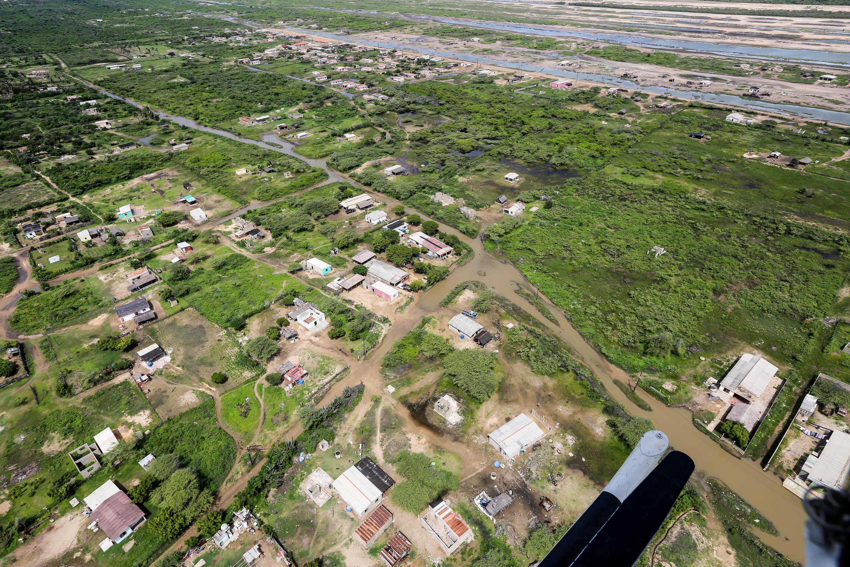 Atendidas más de 200 familias en el municipio Indígena Bolivariano Guajira tras fuertes precipitaciones (4)