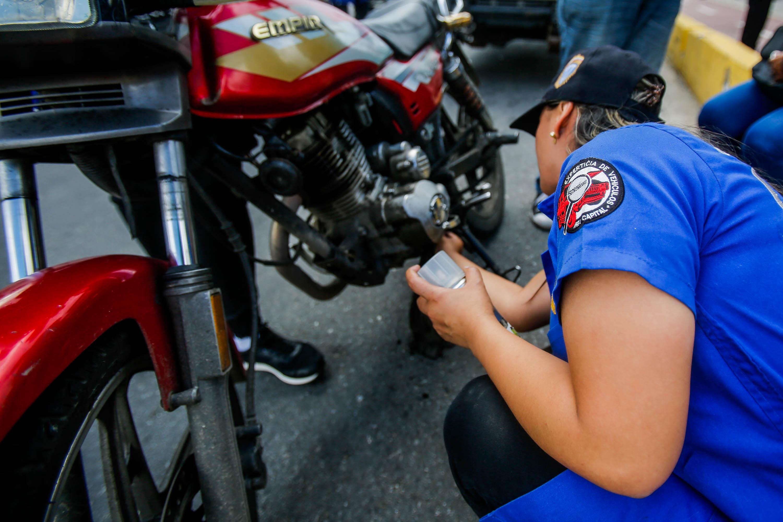 Cicpc inició dispositivo de revisión de vehículos en Caracas (6)