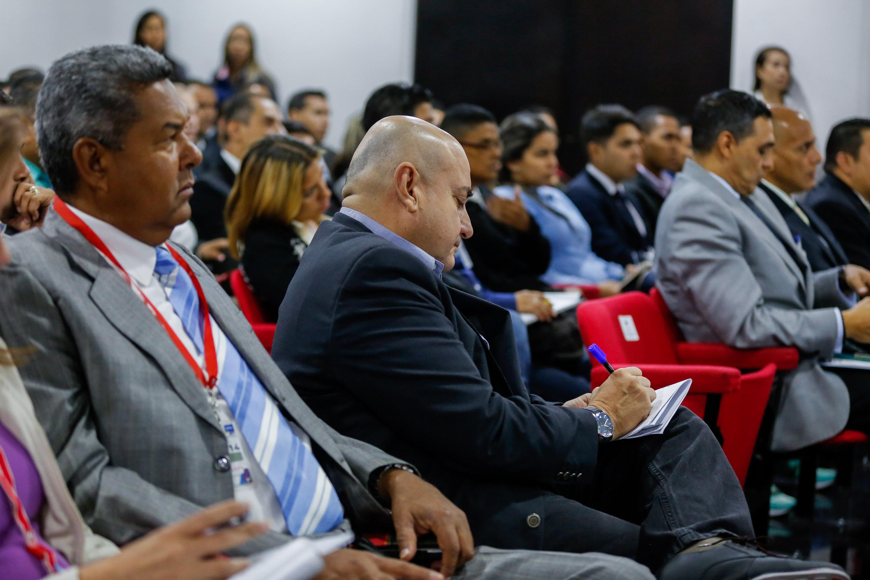 Debaten en seminario estrategias contra cibercriminalidad y delitos informáticos (8)