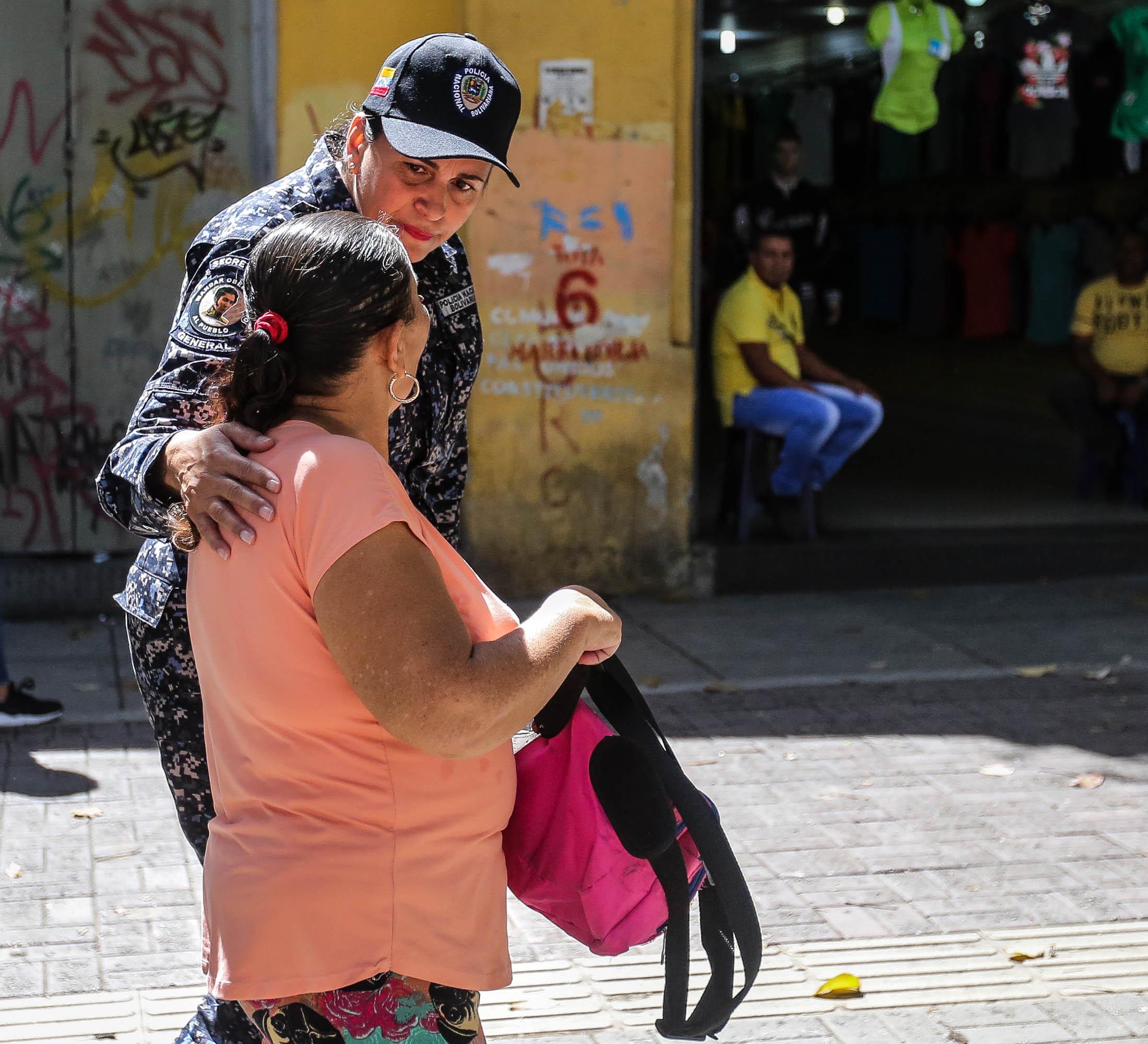 Dos solicitados fueron aprehendidos durante despliegue de seguridad en Santa Rosalía (1)
