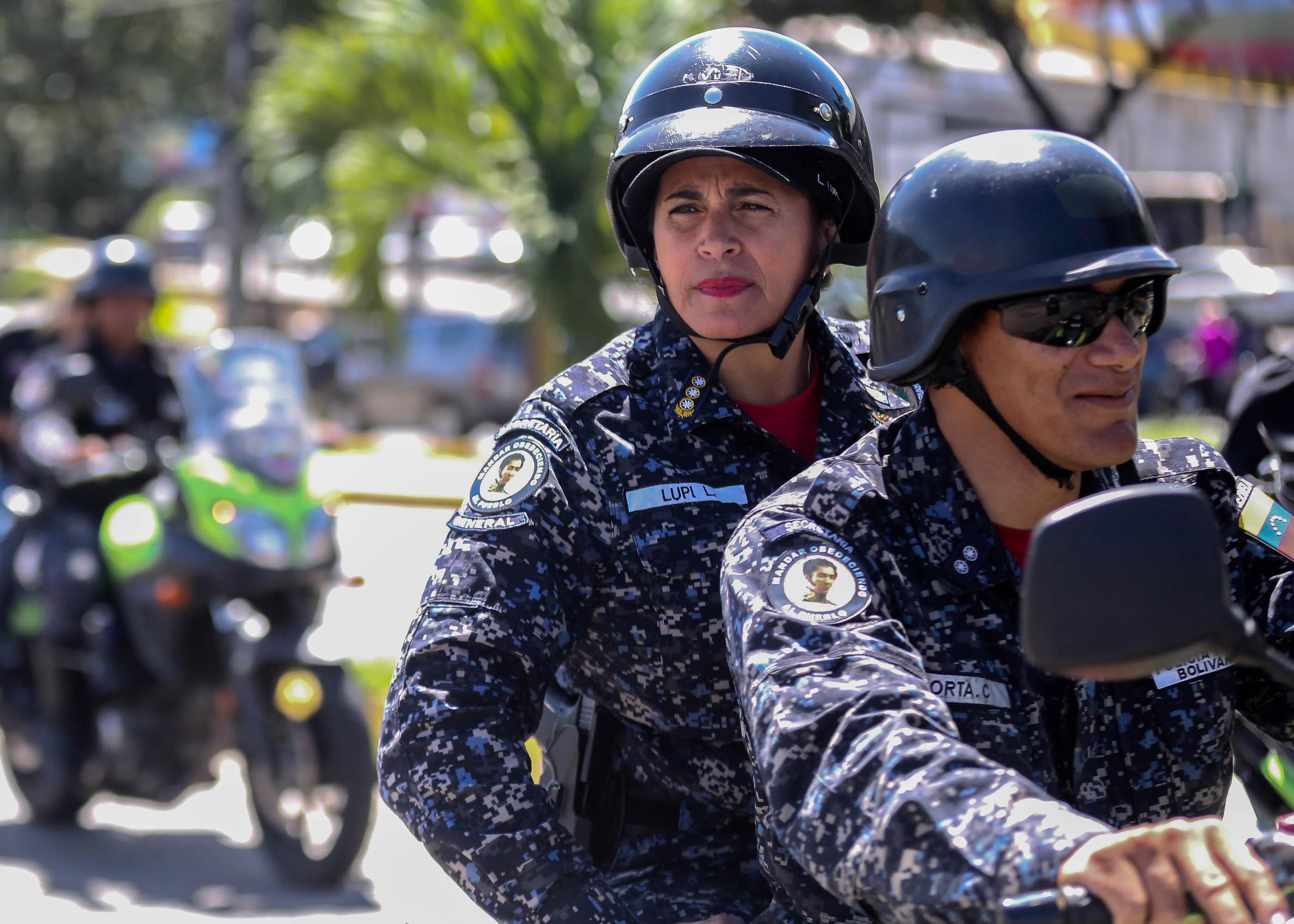 Dos solicitados fueron aprehendidos durante despliegue de seguridad en Santa Rosalía (2)