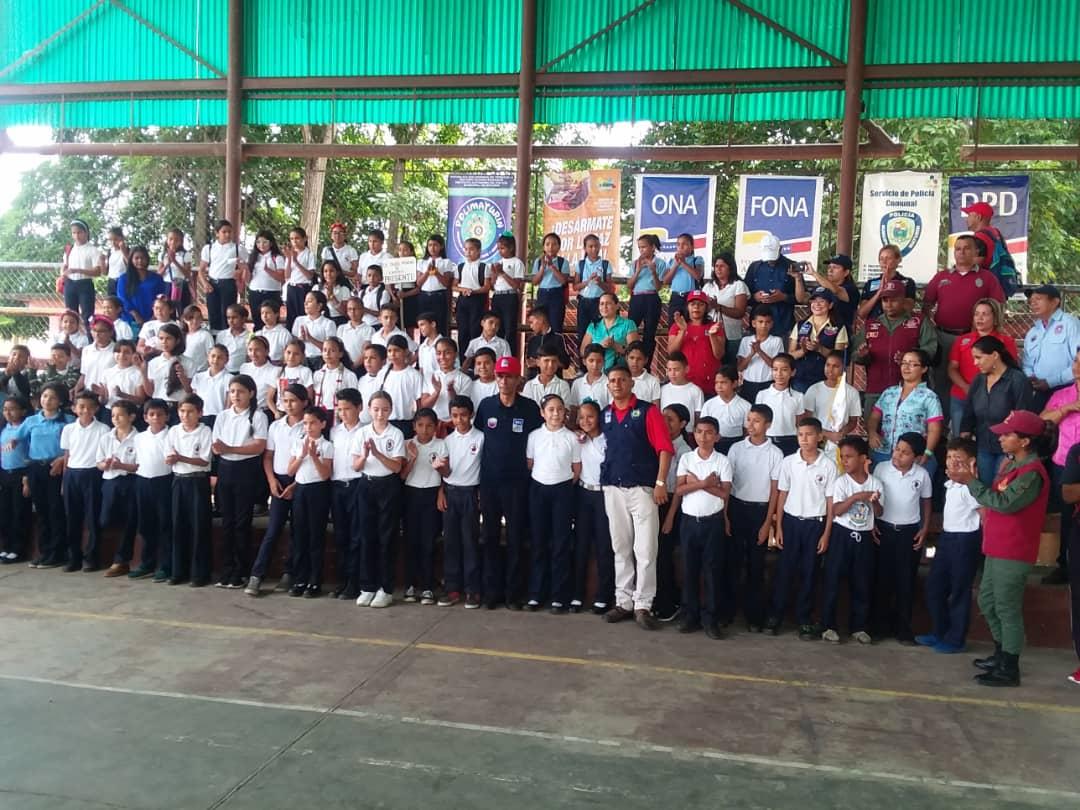 Frente Preventivo de Monagas juramentó 120 estudiantes para el Observatorio Escolar de Prevención (4)
