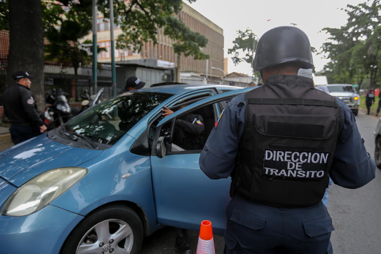 Más de 150 funcionarios participan en plan de seguridad en Antímano (2)