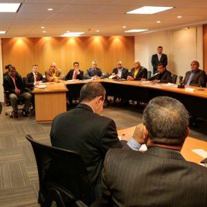Ministro Néstor Reverol sostuvo un encuentro con la Comisión de Defensa de la ANC (6)