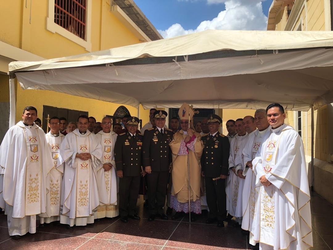 Ministro Reverol celebró junto al pueblo zuliano misa en honor a la Chinita (3)