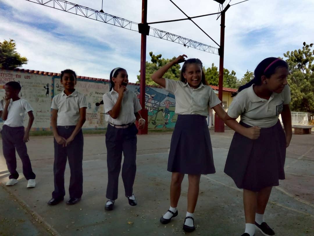 No a la Violencia dijeron 85 estudiantes de la U.E. Virginia Gil de Hermoso en Falcón (15)