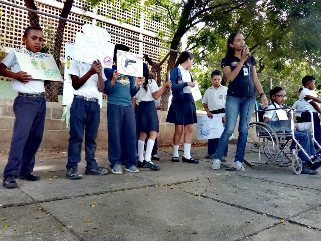 No a la Violencia dijeron 85 estudiantes de la U.E. Virginia Gil de Hermoso en Falcón (16)