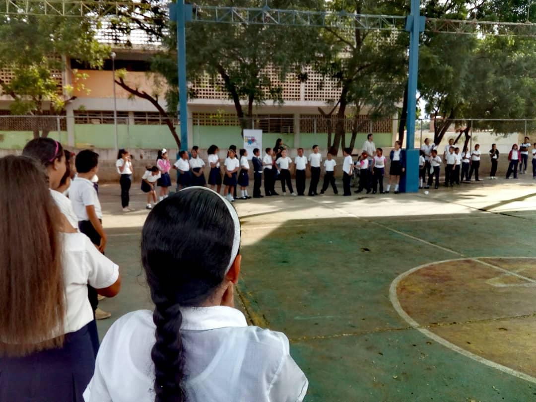 No a la Violencia dijeron 85 estudiantes de la U.E. Virginia Gil de Hermoso en Falcón (2)