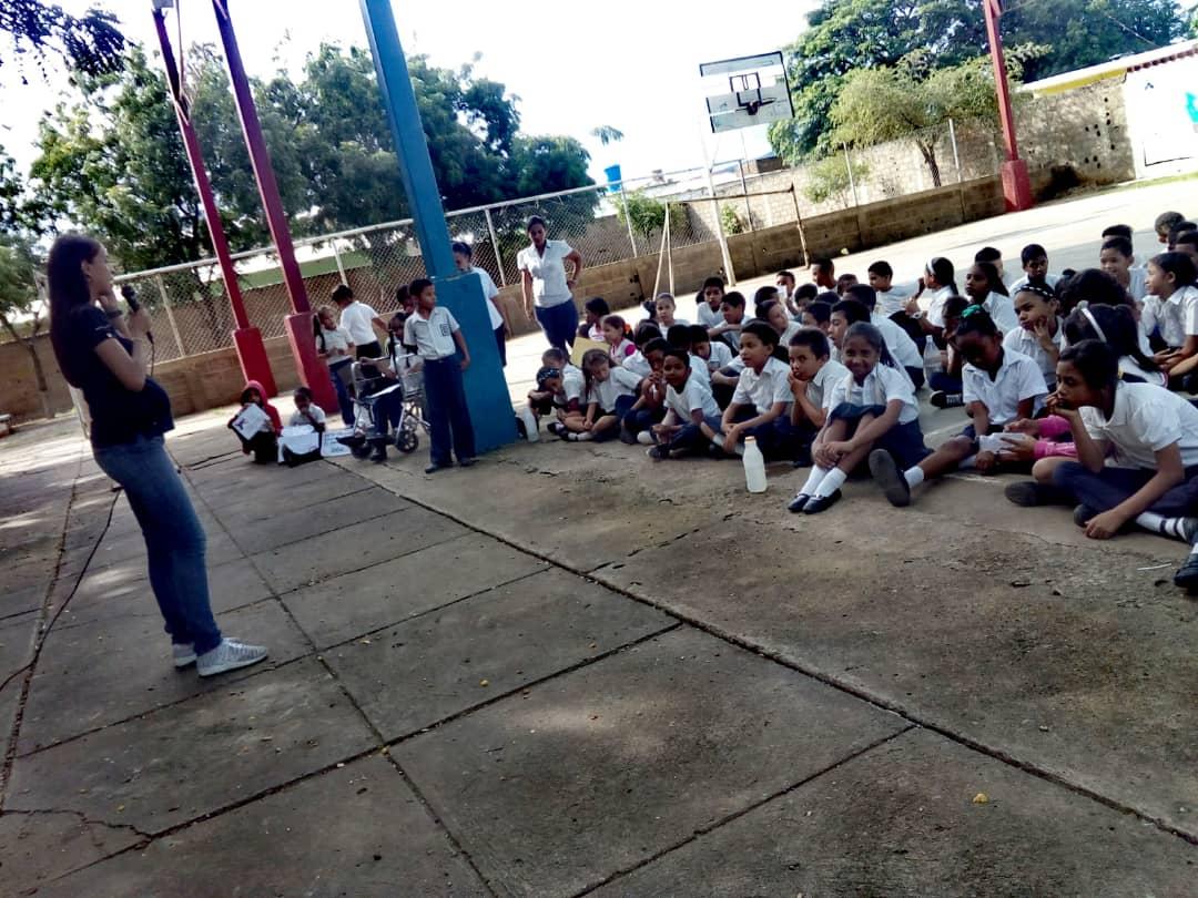 No a la Violencia dijeron 85 estudiantes de la U.E. Virginia Gil de Hermoso en Falcón (3)