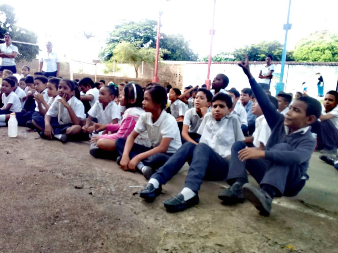 No a la Violencia dijeron 85 estudiantes de la U.E. Virginia Gil de Hermoso en Falcón (5)
