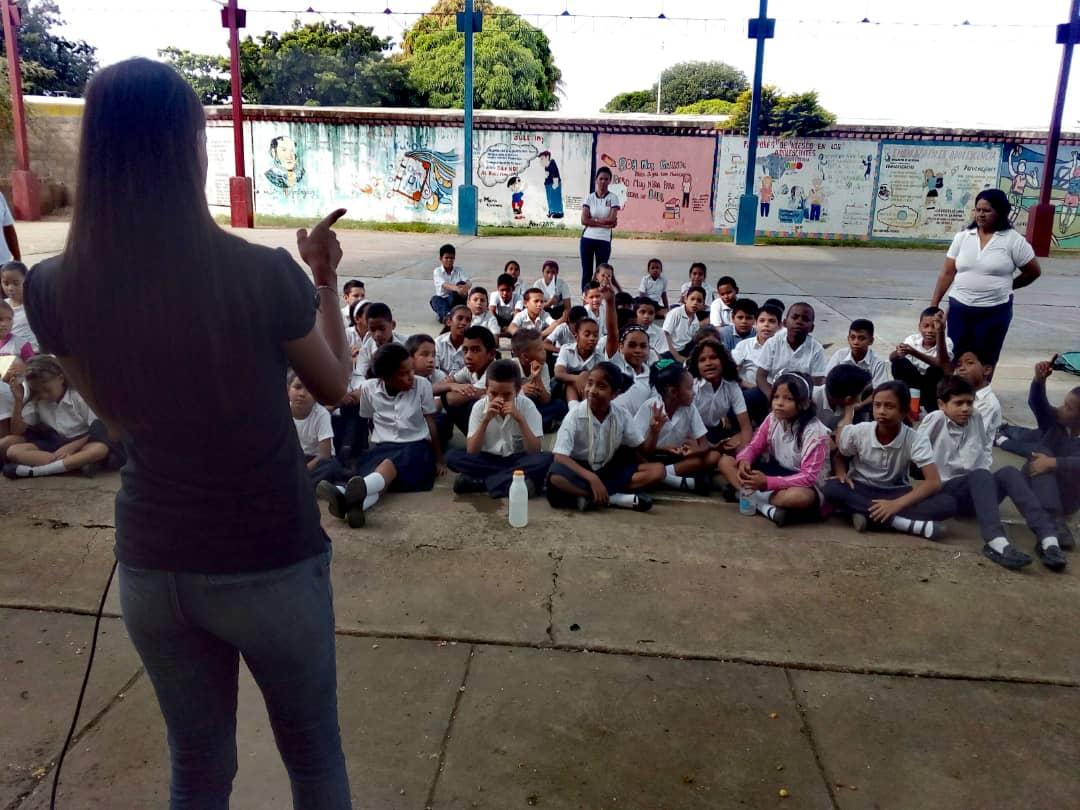 No a la Violencia dijeron 85 estudiantes de la U.E. Virginia Gil de Hermoso en Falcón (9)