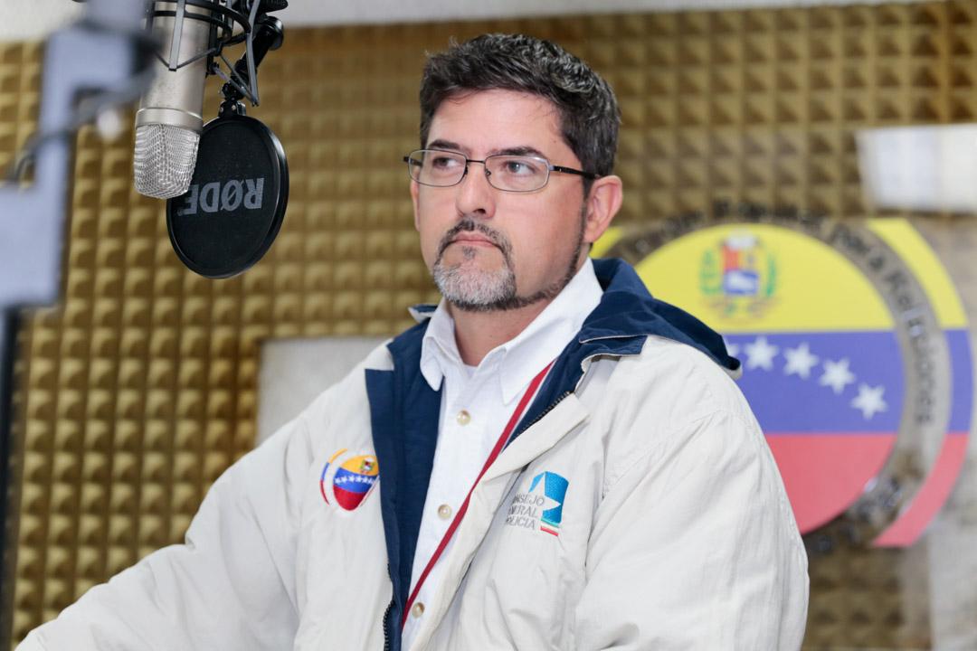 """Pablo Fernández Blanco """"El Desarme como política pública en Venezuela ha dado resultados palpables"""" (1)"""