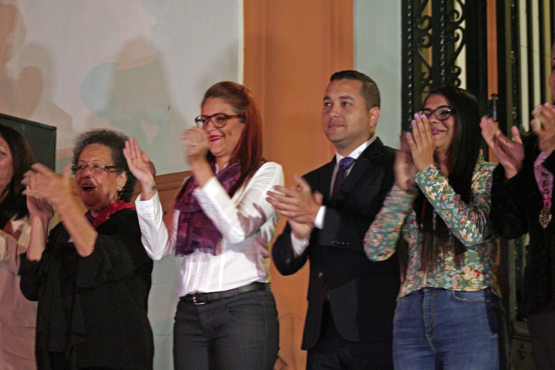 Panteón Nacional se ilumina de violeta contra la violencia de género (2)