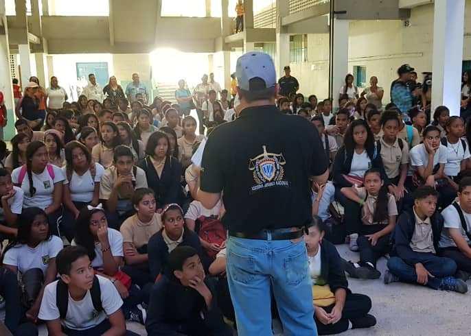 Programa de Prevención Social Cicpc realizó conversatorio en la U.E.N. Mariano Picón Salas-2
