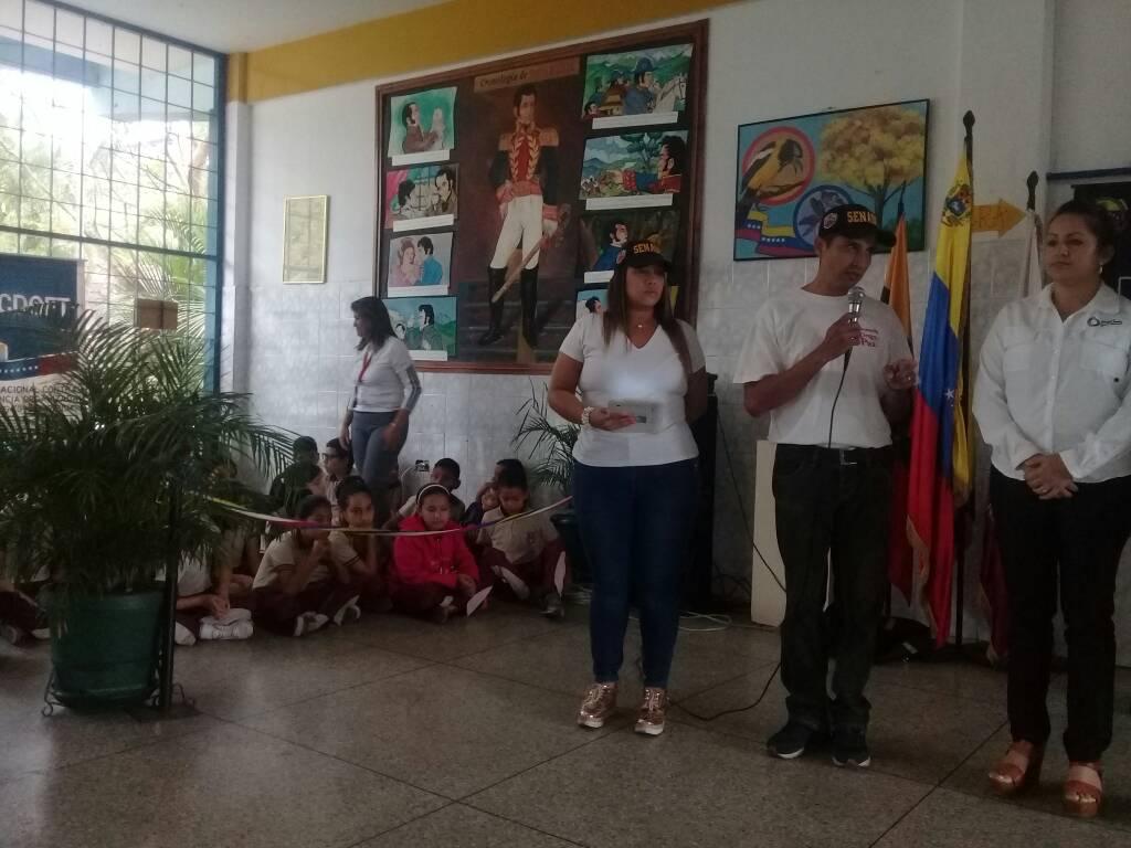 """Senades dice """"Bájale dos a la violencia y dile no a las armas"""" en Táchira (6)"""