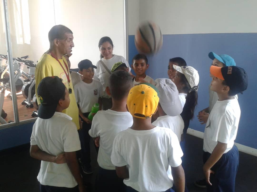 Senades fomenta cultura y deporte en Gran Base de Misiones Hugo Chávez Frías en Cumaná (10)