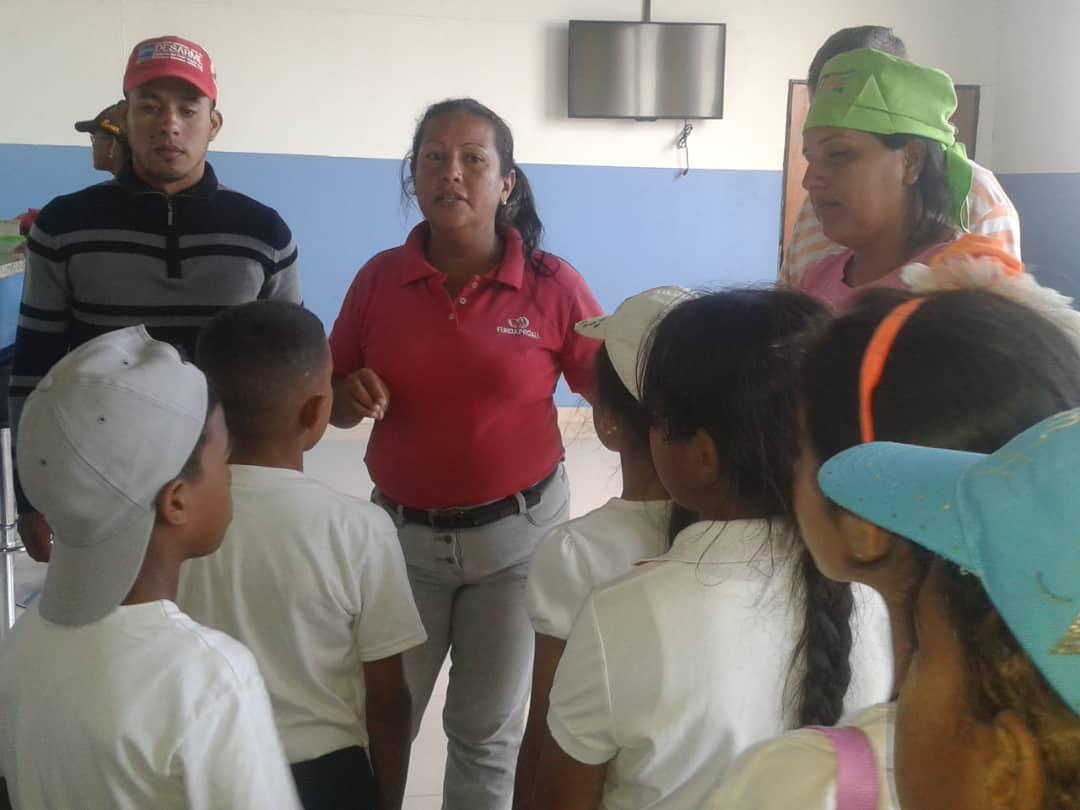Senades fomenta cultura y deporte en Gran Base de Misiones Hugo Chávez Frías en Cumaná (11)