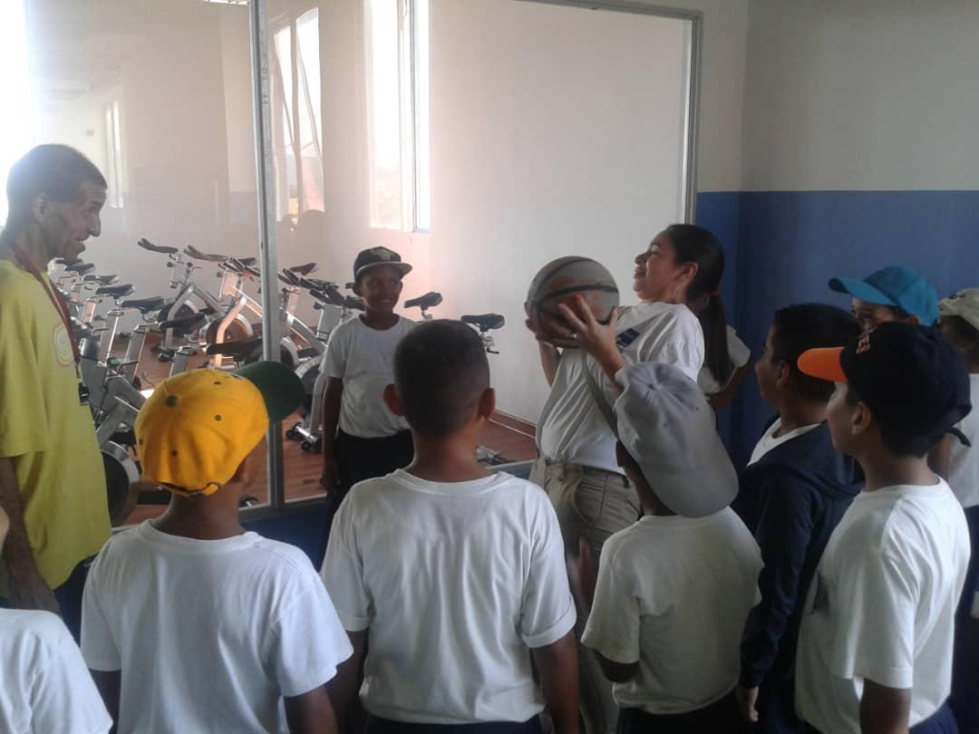 Senades fomenta cultura y deporte en Gran Base de Misiones Hugo Chávez Frías en Cumaná (12)