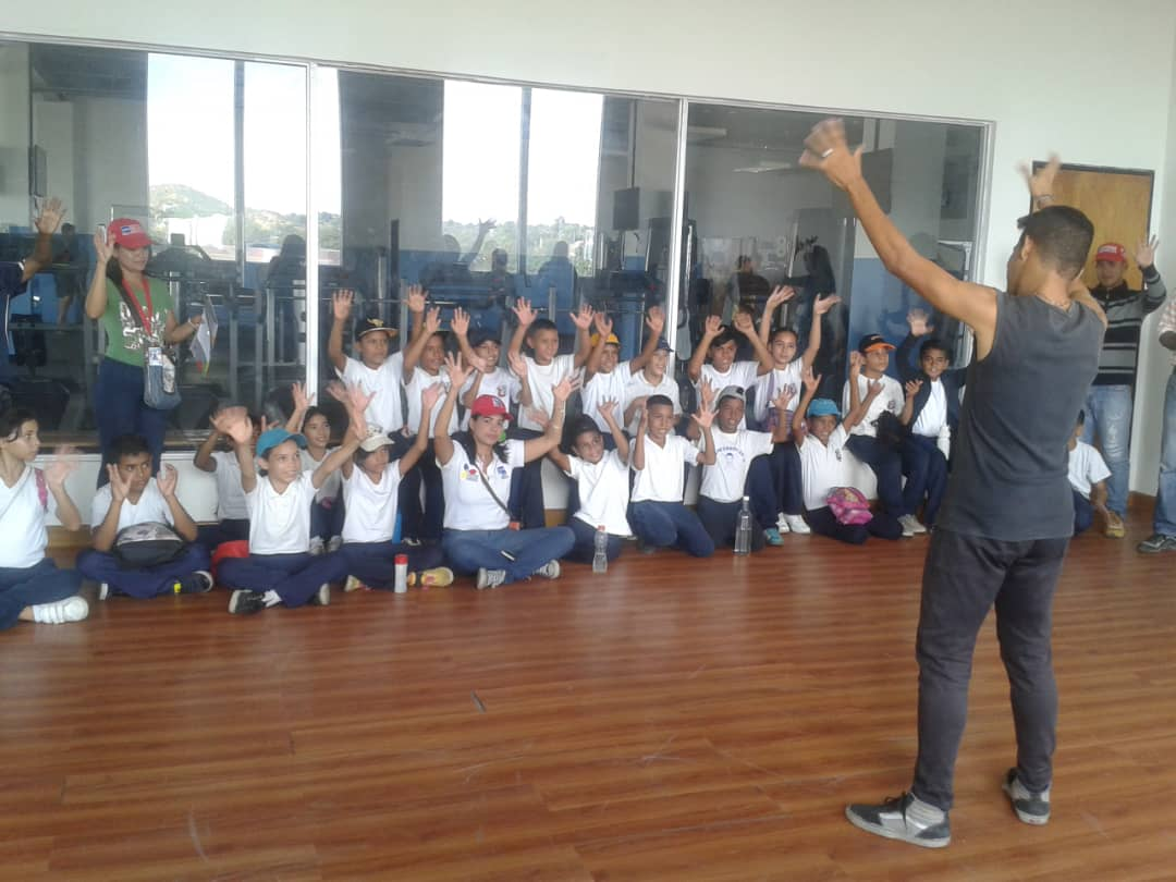 Senades fomenta cultura y deporte en Gran Base de Misiones Hugo Chávez Frías en Cumaná (14)