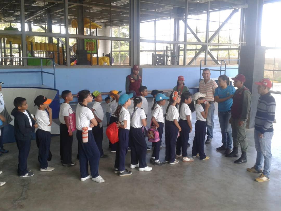 Senades fomenta cultura y deporte en Gran Base de Misiones Hugo Chávez Frías en Cumaná (2)