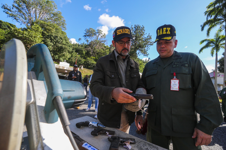 Senades inutilizó mil 311 armas de fuego en la sede del Daex de Fuerte Tiuna (3)