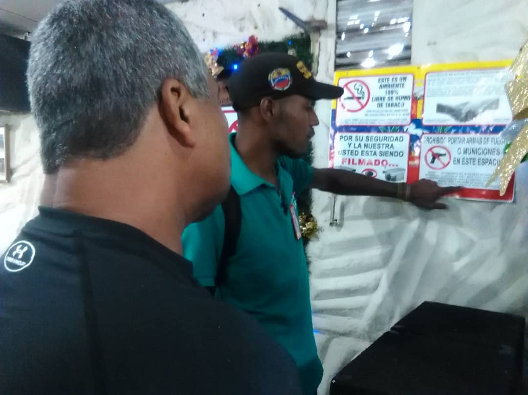 Un detenido por porte ilícito en local comercial del estado Vargas (3)