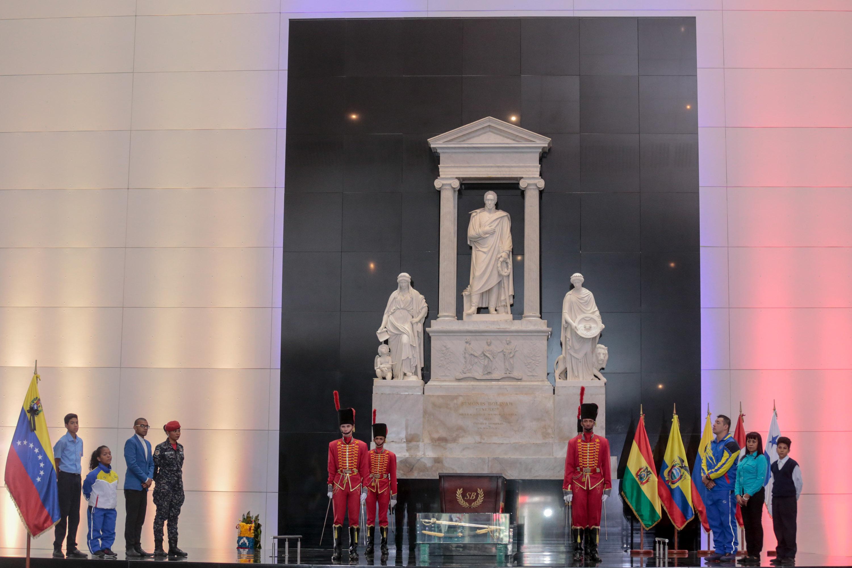 188 AÑOS DE LA SIEMBRA DE EL LIBERTADOR (9)