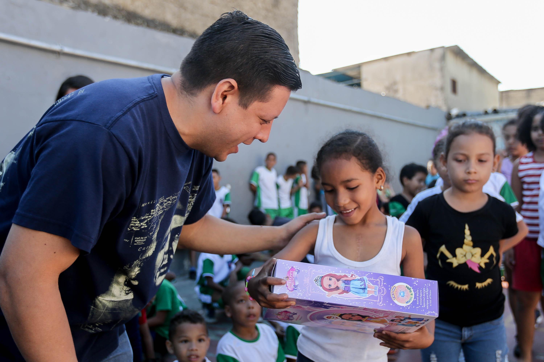 Frente Preventivo comparte con los niños y niñas de Lídice la alegría de la Navidad (7)