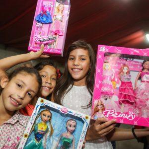 Frente Preventivo llevó mensaje de solidaridad a familias de la Fundación Cristiana Nosotros Unidos (14)