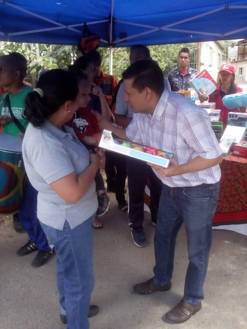 Frente Preventivo sigue llevando alegría a los niños y niñas en todo el país (1)