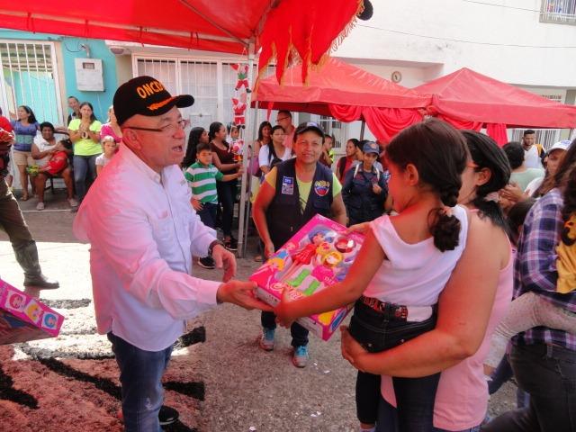 Frente Preventivo sigue llevando alegría a los niños y niñas en todo el país (4)