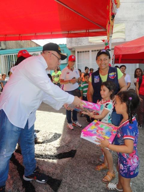 Frente Preventivo sigue llevando alegría a los niños y niñas en todo el país (5)