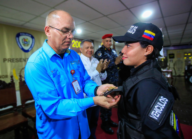 Graduados 86 funcionarios de la Dirección de Tránsito Terrestre (22)