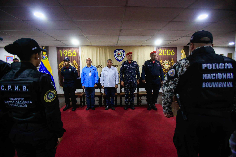 Graduados 86 funcionarios de la Dirección de Tránsito Terrestre (5)