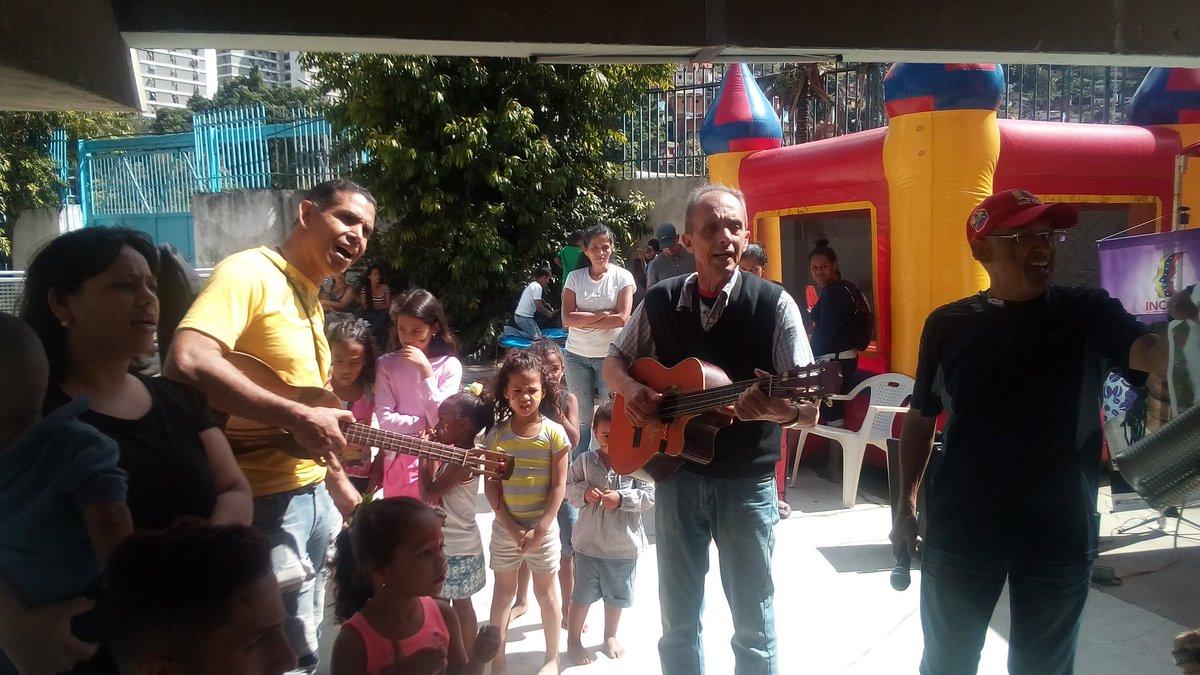 Incodir repartió regalos a más de 80 niños y niñas de San Agustín-3