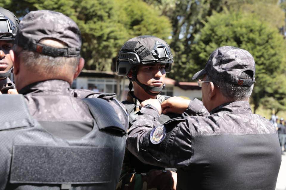 Más de 200 funcionarios Faes graduados para fortalecer la seguridad en el país (15)