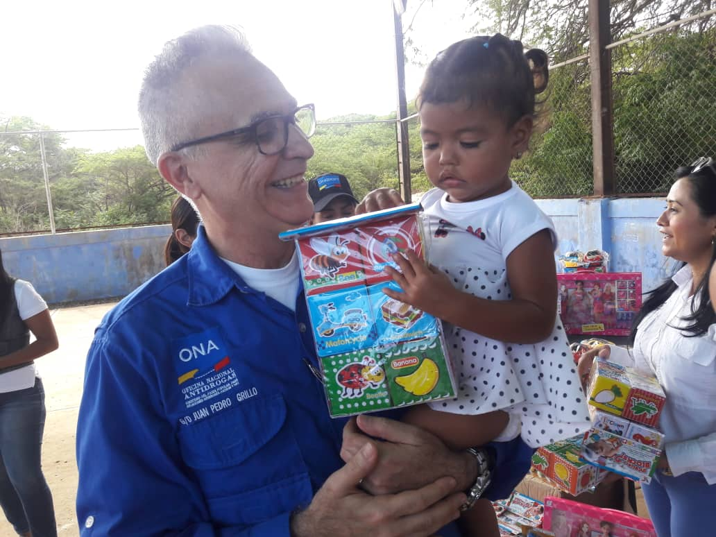 ONA lleva un mensaje de Navidad para los niños y niñas del estado Falcón (2)