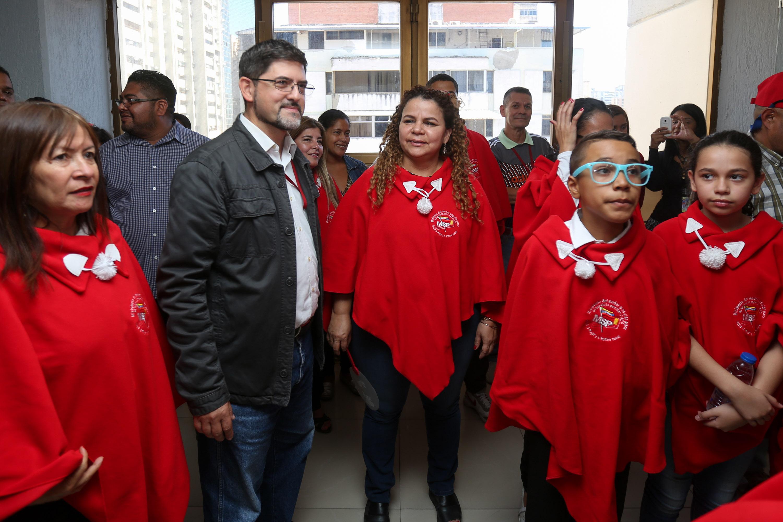 Parranda navideña lleva Ministerio Penitenciario a instituciones públicas del país (1)
