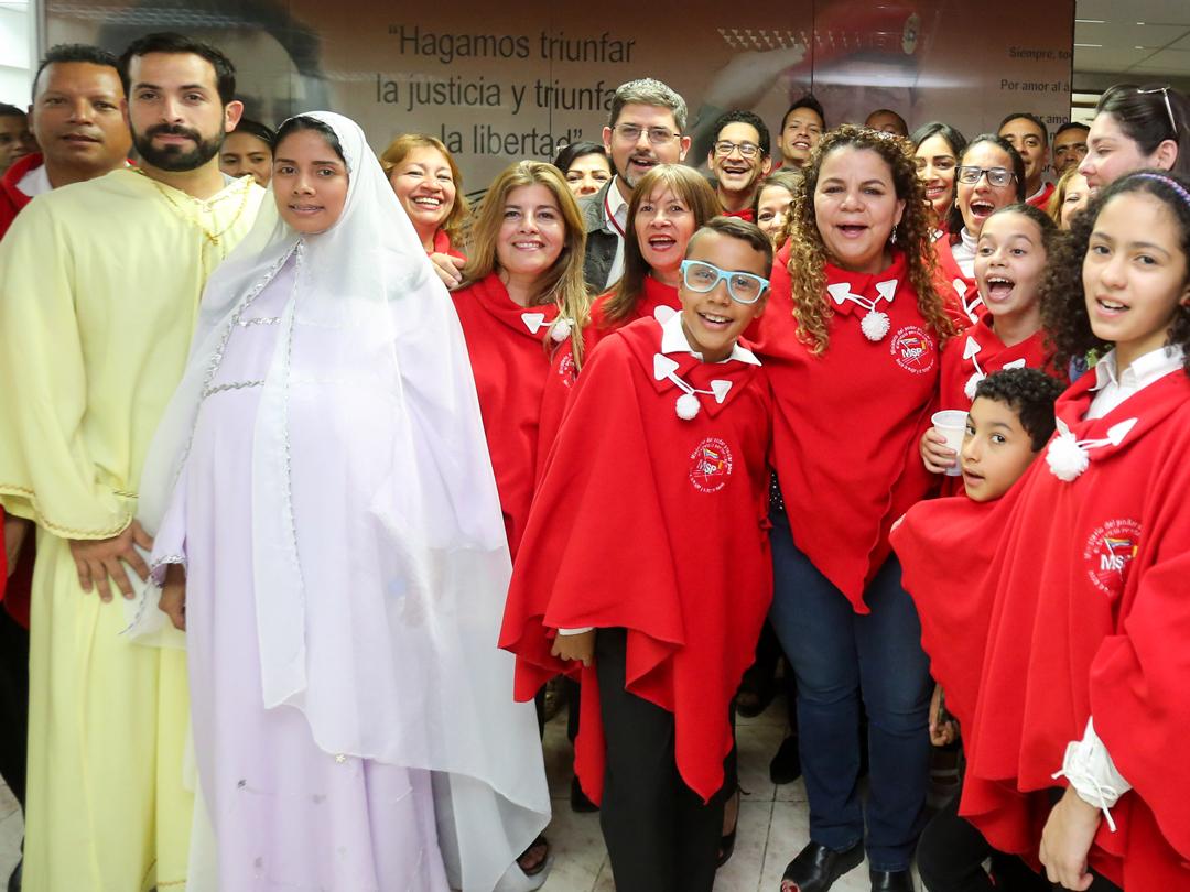Parranda navideña lleva Ministerio Penitenciario a instituciones públicas del país (7)