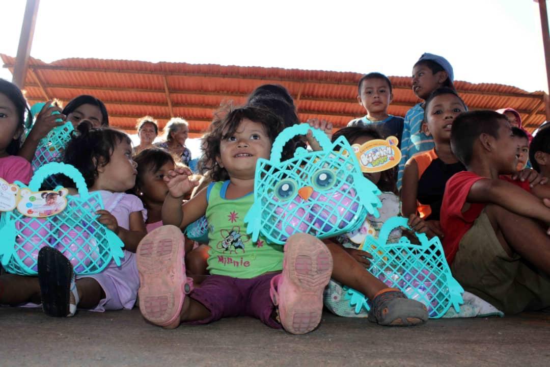 Poblaciones fronterizas e indígenas del Zulia celebraron la Navidad recibiendo regalos (5)